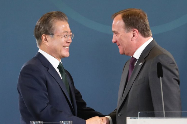 S. Korea and Sweden Hold Summit, Vow to Enhance Ties