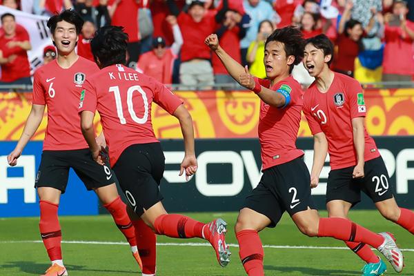 韩国队获得2019国际足联U20世界杯亚军