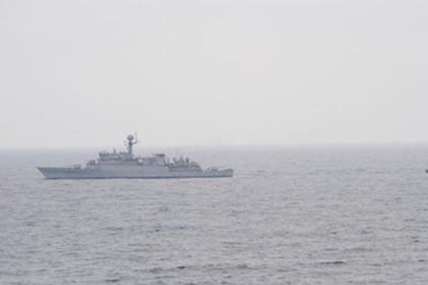 Một tàu cá miền Bắc trôi dạt vào bờ biển Hàn Quốc