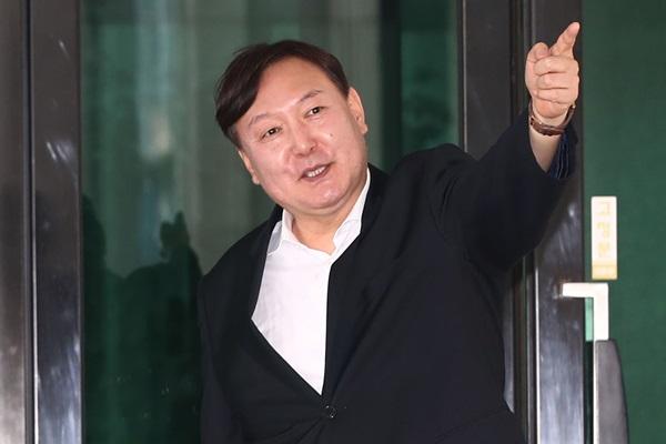 文在寅提名尹锡悦为下一任检察总长