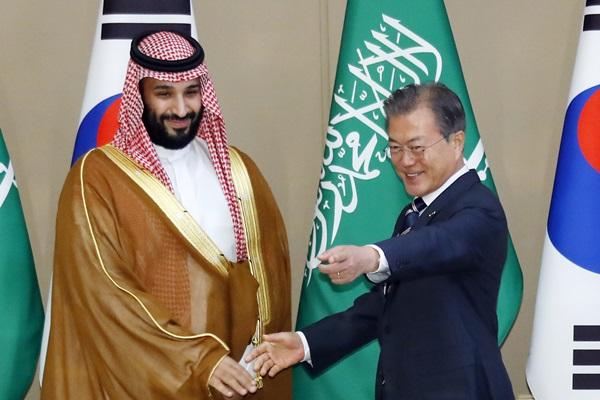 文在寅与沙特王储通话 希望沙特尽早修复油田