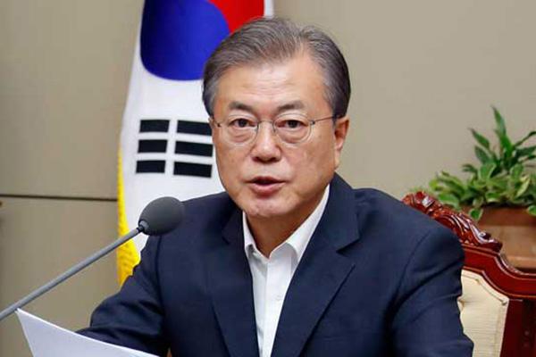文大統領「外交的解決に向け最善を尽くす」日本に前向きな対応要請