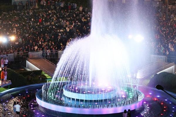 Coup d'envoi des Championnats du monde de natation de Gwangju