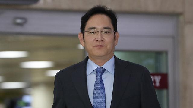 サムスンの経営トップ 日本出張後、非常対策指示