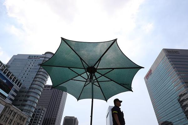 梅雨结束 酷热天气席卷韩国