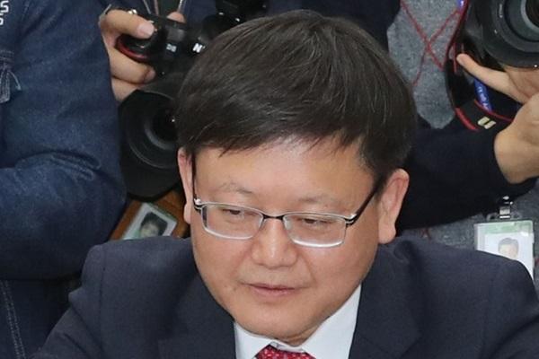 Gobierno confirma el salario mínimo de 8.590 wones para 2020