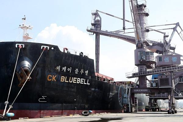 استمرار تهديدات القراصنة في مياه غرب إفريقيا