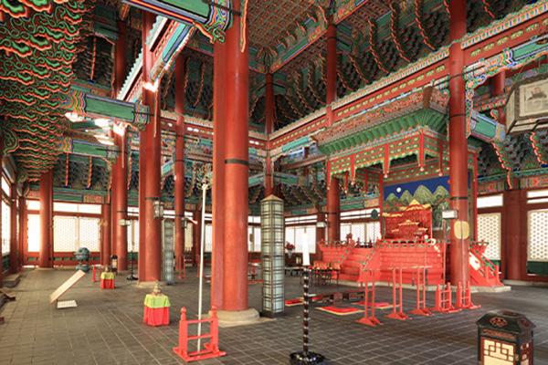 韩国景福宫勤政殿内部首次对外开放