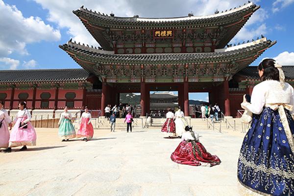 8月10至25日韩国免费开放古宫和王陵