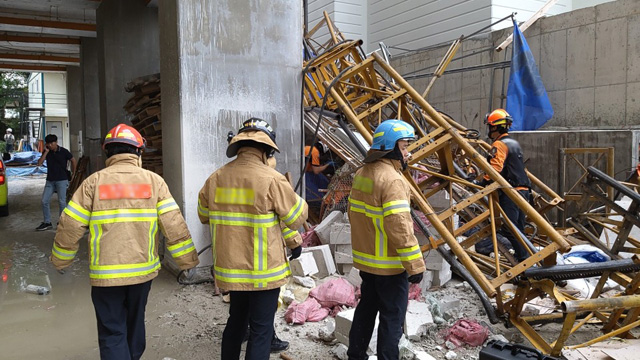 Construction Elevator Crash Kills 3 in Sokcho