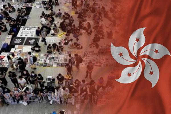 '항공 대란' 홍콩공항, 운영 재개…이착륙 일정 재조정