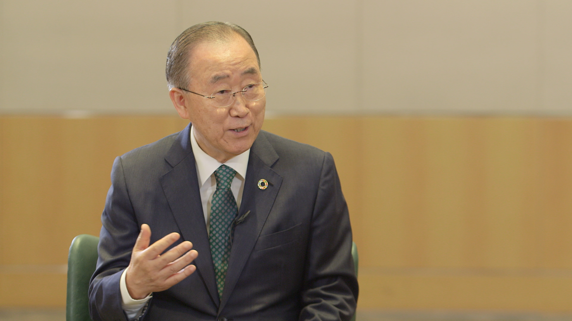 [Exclusive] Former UN Secretary-General Calls for Nationwide Efforts to Tackle Fine Dust