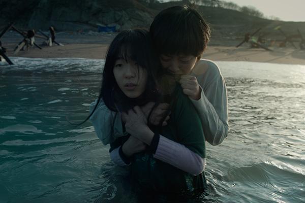 فوز الأفلام الكورية بجائزتين في مهرجان لوكارنو السينمائي