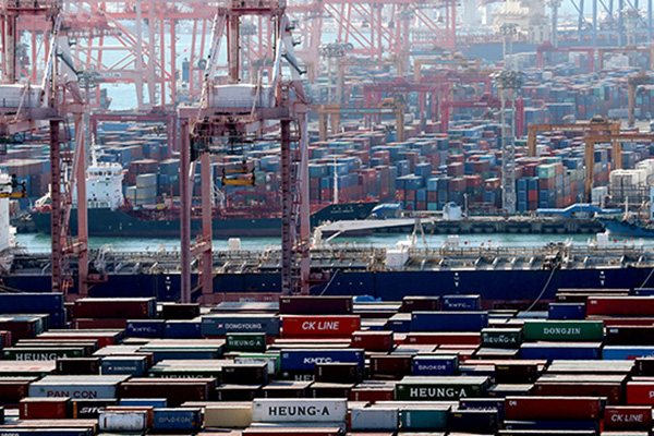 S. Korea's Exports Dip 13.3 Percent in First 20 Days of Aug.