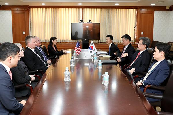Direktur Keamanan Nasional, Kim Hyun-jong Bertemu Perwakilan AS, Biegun