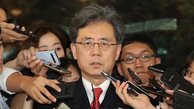 Moon's Aide Got 'Impression' US-N. Korea Denuclearization Talks Will Soon Resume