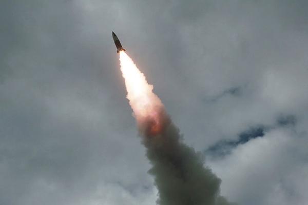 Bắc Triều Tiên lần thứ 9 phóng tên lửa tầm ngắn