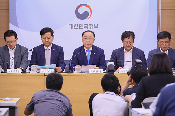韓国の国防予算 史上初50兆ウォン突破の見通し