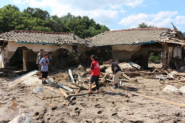 Int'l Red Cross Providing Emergency Aid to Typhoon-hit N. Korea