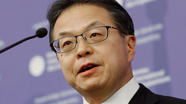 Japanese Trade Minister Argues Export Curbs Do Not Violate WTO Regulations