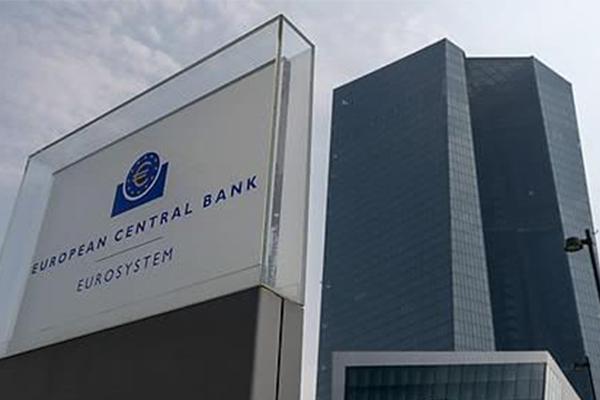 ECB, '마이너스' 예금금리 더 낮춰…양적완화 재개