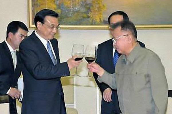 """일본 교도 """"북한, 북중수교 70주년에 맞춰 리커창 中총리 초청"""""""