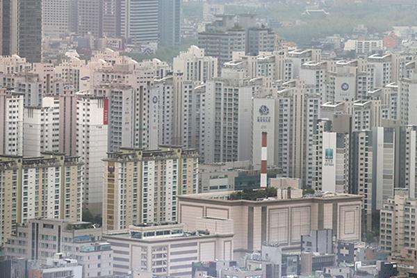 상한제 예고에도 서울 아파트값 11주 연속 상승