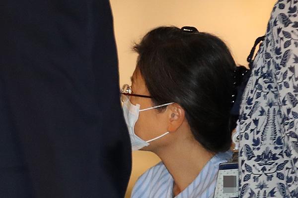 박근혜 어깨수술로 입원…구속 후 900일만
