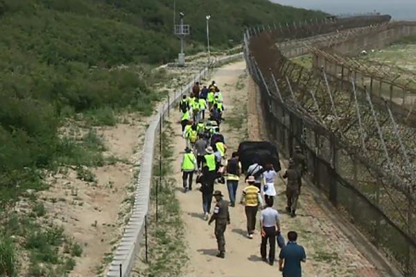 高城の「DMZ平和の道」開放から4か月で訪問者数1万人突破