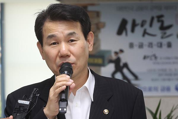 Südkorea wählt Ex-Finanzbeamten als Verhandlungsführer für Gespräche mit USA über Verteidigungskosten aus