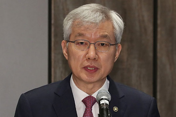 الباب مفتوح لتوجيه دعوة لكيم جونغ أون للمشاركة في القمة بين كوريا والآسيان