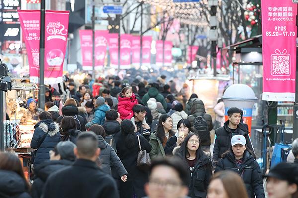 今年韩国购物优惠季销售额增长40% 首次突破1万亿韩元