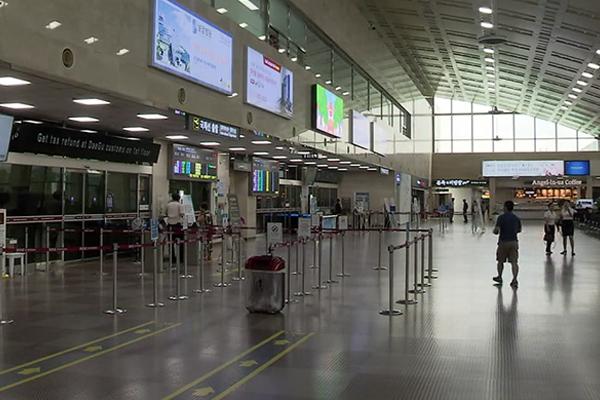 日本旅行ボイコット 11月も旅行者が大幅減