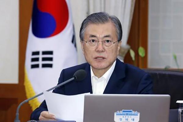 Мун Чжэ Ин: РК успешно работает над заменой японского высокотехнологичного сырья