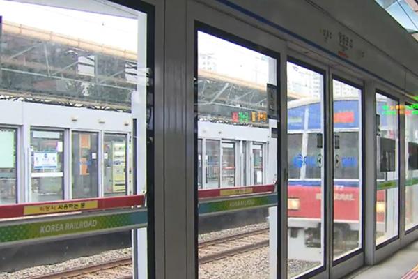 Un acuerdo entre patronal y sindicato pone fin a la huelga de metro