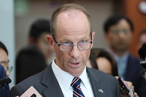 David Stilwell : Washington maintient à la fois le dialogue avec Pyongyang et les sanctions à son encontre