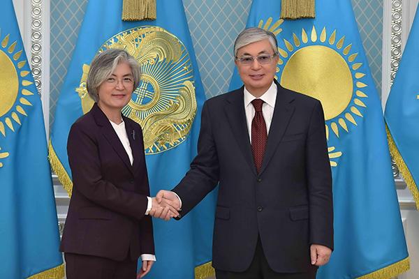 Глава МИД РК  встретилась с президентом Казахстана