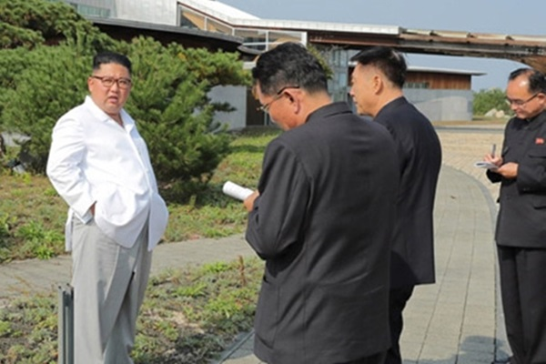 Kim Jong-un Orders Removal of S. Korean Facilities in Mt. Geumgang