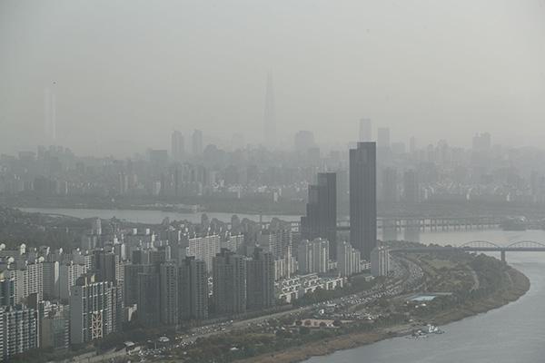 وزير البيئة ينقل إلى الصين مخاوف سيول من الغبار الناعم