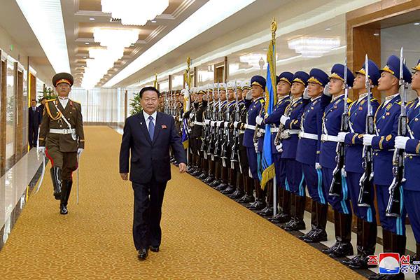 崔龙海:韩半岛局势面临重大分水岭 敦促美国保障北韩体制安全