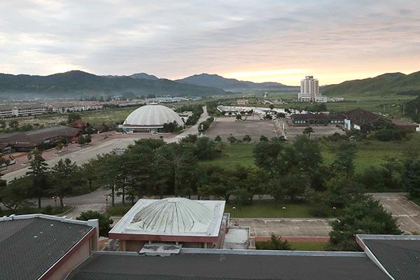 СК сохраняет позицию по сносу южнокорейских объектов в горах Кымгансан