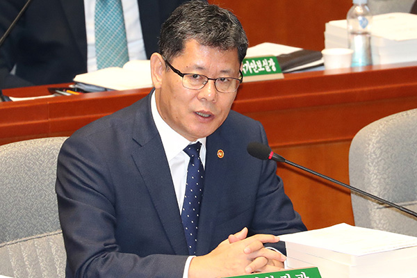 Unif. Minister: N. Korea's Demand to Remove Facilities Is a Call to Resume Tours