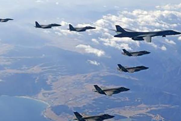 韩美全面推迟联合空中演习