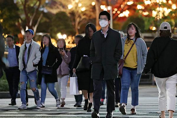 """""""立冬""""8日韩国全国气温大幅下降 首尔今冬首次结冰"""
