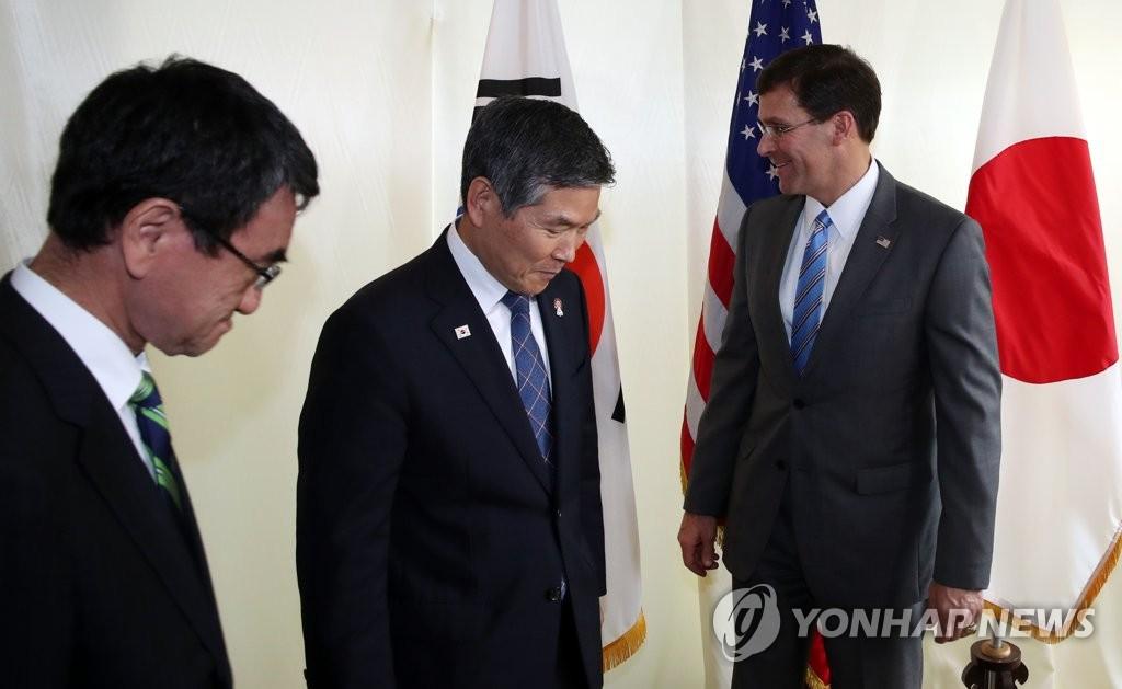 韓日米国防相会議開催、日米「GSOMIA」で韓国を圧力