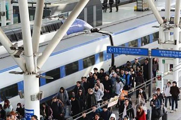 Профсоюз железнодорожников РК приступает к бессрочной забастовке