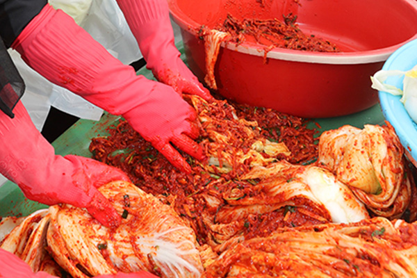 今年首尔地区腌过冬泡菜成本增9%至12%
