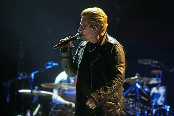 Präsident Moon trifft Bono von U2