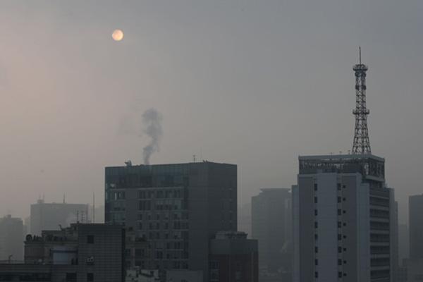 تحذير من زيادة مستويات الغبار الناعم في منطقة العاصمة اليوم