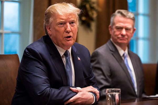 ترامب يقول إن الولايات المتحدة تراقب كوريا الشمالية عن كثب